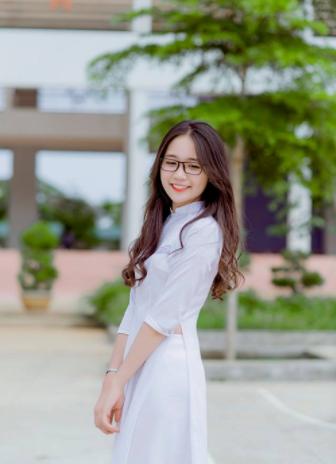 áo dài tay lỡ học sinh